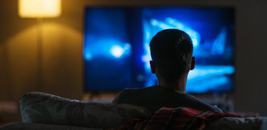3 ways to keep your kids safe as they binge-watch Netflix